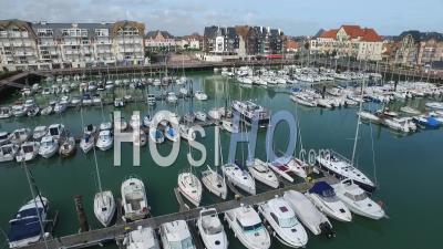Port Maritime De Deauville, Normandie, Vidéo Drone