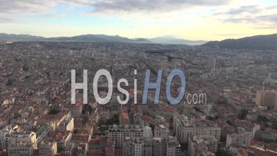 Panorama Sur Marseille Et Le Port, Marseille, France - Video Drone Footage