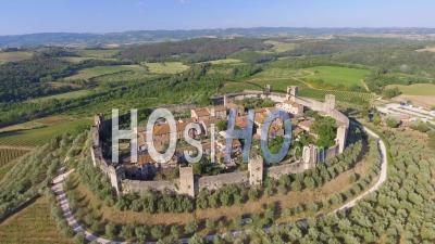 Monteriggioni, Toscane. Ville Italienne Médiévale - Vidéo Drone