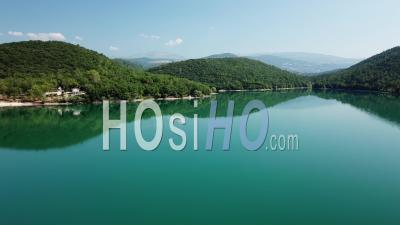 Lake Of Saint-Cassien Lat Ow Altitude - Vidéo Drone