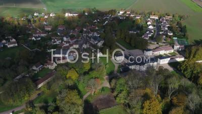 Maudetour-En-Vexin Village - Video Drone Footage