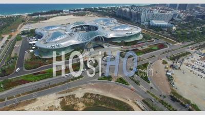 Centre Commercial International Du Centre Commercial Cdf Haitang Bay Sanya Shi Sur L'île De Hainan En Chine - Vidéo Drone