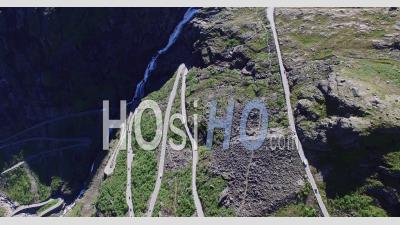 Trollstigen Road, Célèbre Route Touristique De Norvège - Vidéo Drone