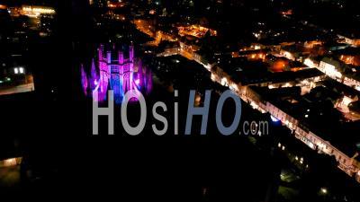 Cathédrale D'ely De Nuit - Vidéo Drone Du Point De Vue