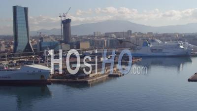 Bateau Amarré, Port De Marseille-Fos, Vidéo Drone