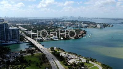Hyperlapse De North Miami Beach à Partir De Haulover Beach, Miami - Vidéo Drone