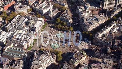 Trafalgar Square, Londres Filmée En Hélicoptère