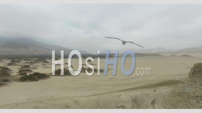 Chankillo Treize Tours Au Pérou - Vidéo Drone