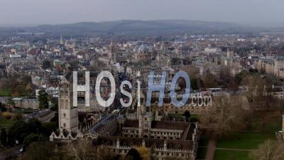 Center Of The Town Of Oxford - Video Drone Footage