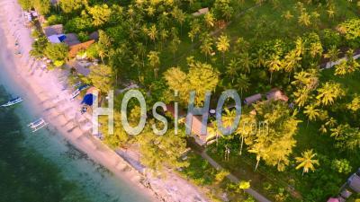 Heure D'or Au Mirage Bar Ile De Gili Air - Vidéo Drone