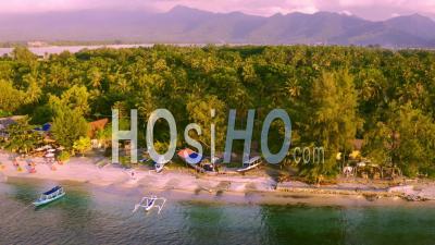 Orange Et Turquoise North Ile De Gili Air - Vidéo Drone