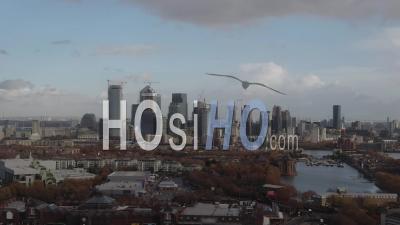 Le Quartier Financier Des Docklands à Londres -Vidéo Drone