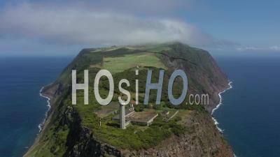 Phare De Do Topo Point Sur L'île San Jorge Vidéo Drone