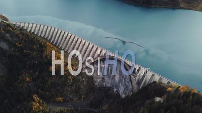 Barrage De Roselend, Savoie, France, Vidéo Drone