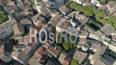 Village De Saint-Rémy-De-Provence En Provence - Vidéo Drone