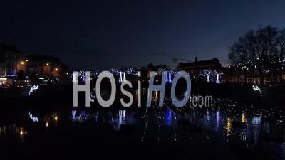 Illuminations Nocturne De Noël à Laval - Vidéo Drone