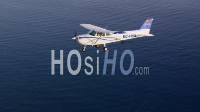 Twin-Engine Aircraft Is Beechcraft Duchess 76 , Singe Engine Is Cessna 172