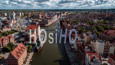 Gdansk, Vieille Ville, Stare Miasto, Stara Motlawa, Vidéo Drone
