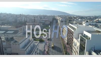 Avenue Panepistimiou Pendant Le Confinement Total - Vidéo Drone