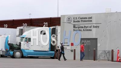 2020 - Shipping And Trucking At The Us Mexico Border Customs Area Increases During The Covid-19 Coronavirus Epidemic Outbreak Port Of Entry Commercial Inspection Facility.