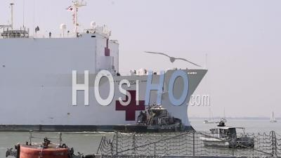 2020 - U.S. Navy Hospital Ship Comfort Docked In New York Harbor To Fight The Coronavirus Covid-19 Virus Outbreak.
