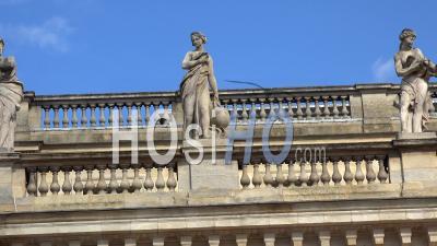Statue Du Toit Du Grand Théâtre De Bordeaux
