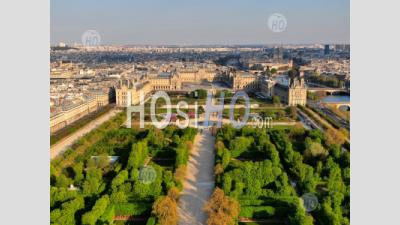 The Louvre Museum, Pyramid, And Tuileries Garden During The Quarantine Of Paris - Aerial Photography - Aerial Photography