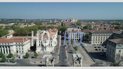 Avignon In Confinement - Vidéo Drone