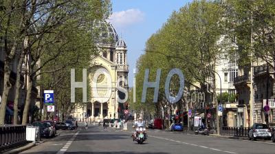 Paris Under Coronavirus Lockdown, Boulevard Malesherbes