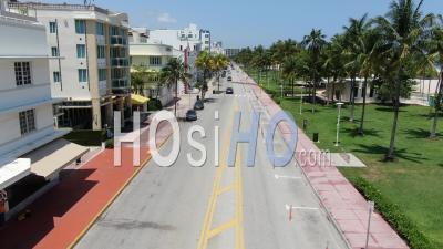 Covid-19 World Ocean Célèbre Drive Vide à South Beach - Vidéo Drone