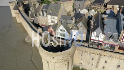 Vue Aérienne Du Mont Saint-Michel - Séquence Vidéo Du Drone