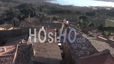 Vieux Village De Miramas En Provence En Hiver - Vidéo De Drone