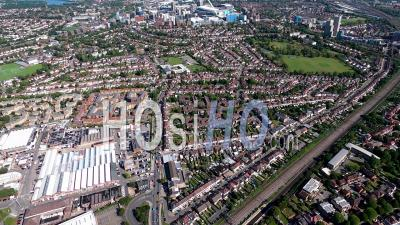Gare Du Nord De Wembley Au Stade De Wembley, Londres, Filmé En Hélicoptère