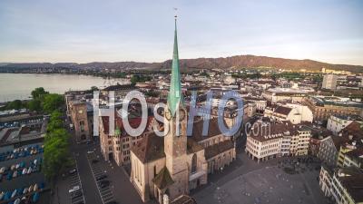 Belle Fraumunster, Vue Aérienne De Zurich, Suisse - Vidéo Aérienne Par Drone
