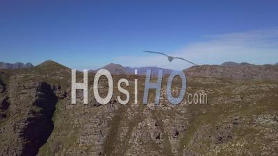 Chaîne De Montagnes En Afrique Du Sud - Vidéo Aérienne Par Drone