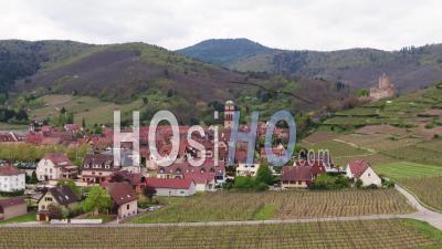 Le Village De Kaysersberg En Alsace, En France, Vidéo Drone