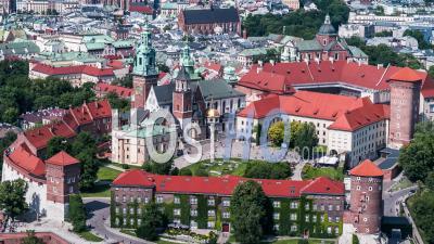 Château Royal De Wawel, Zamek Krolewski Na Wawelu, Cracovie, Cracovie, Vidéo Drone