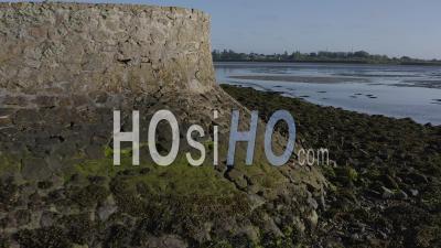 Batz Sur Mer Traict Du Croisic Marais Salants Pays De Loire France Spring - Video Drone Footage