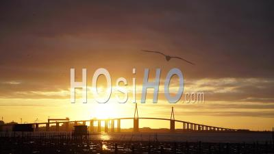 Saint Nazaire Bridge Time Lapse Fishing Housse At Sunset