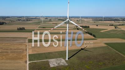 Drone A Frappé L'éolienne, Pologne – Vidéo Drone