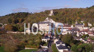 La Roche-Guyon, Village And Castel - Video Drone Footage