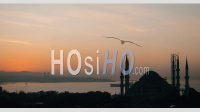 Lever Du Soleil Sur La Mosquée Bleue, Istanbul – Timelapse