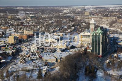 Niagara Falls, Ontario In Winter