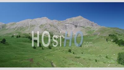La Crête D'eyssina Près Du Col De Vars, Hautes-Alpes, France, Hautes-Alpes, France, Vue Depuis Un Drone