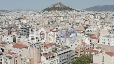 Établissement Lent De L'de Vol Vers Le Mont Lycabette Panoramique Dans La Ville D'athènes, Grèce 4k - Vidéo Par Drone