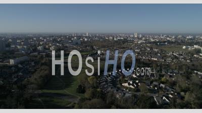 Le Quartier De La Bellangerais à Rennes, Bretagne, France - Vidéo Par Drone