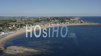 Plage Benoit Batz Sur Mer Loire Atlantique - Video Drone Footage