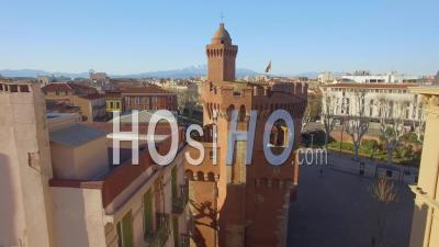 Castillet, Perpignan, Du Point De Vue De La France