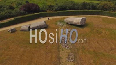 The Broken Menhir Of Locmariaquer - Vidéo Drone